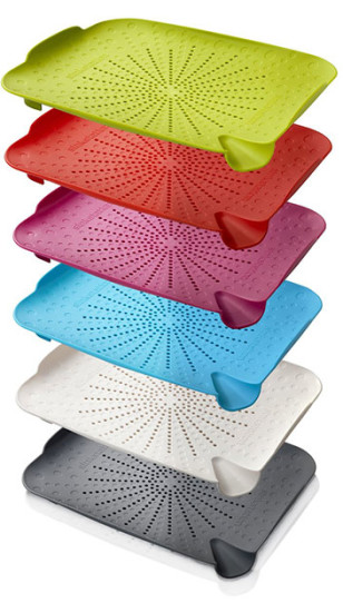 Multiple color variations from SinkStation prototype manufacturing process